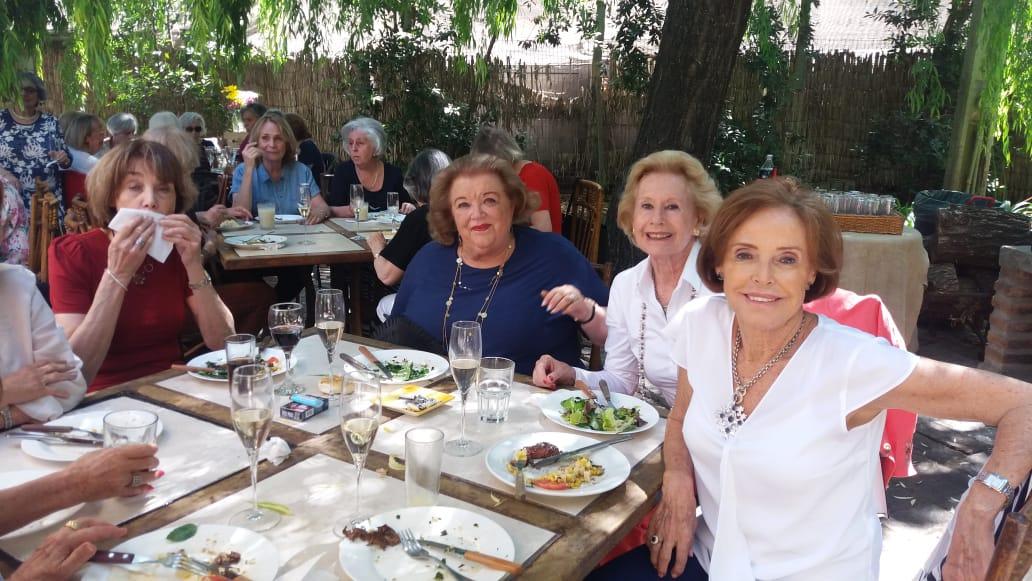 Almuerzo de curso de la generación 1960